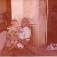 Com o neto Augusto César - 1981